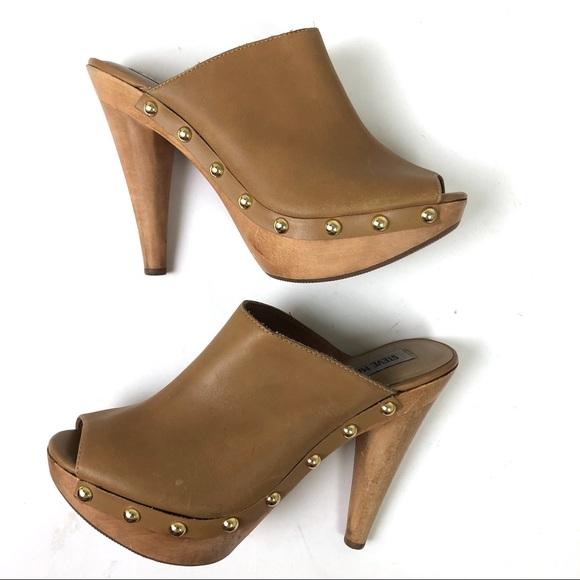 f14712e5fb6 Shoes - Steve Madden 8.5 Daynty Leather Mule Slide Sandals